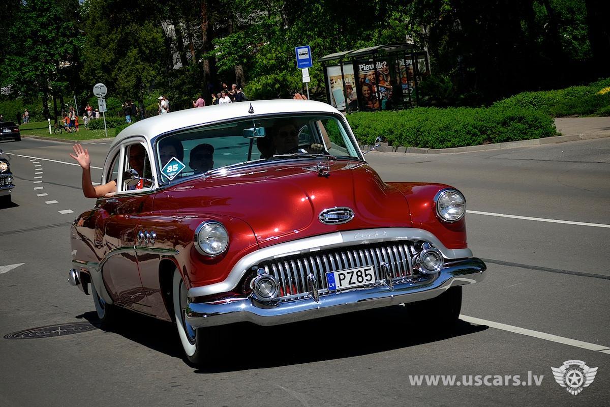 Buick  8 1951