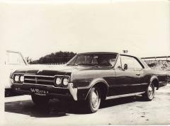 Oldsmobile F85 1965.JPG
