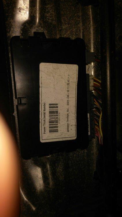 image-0-02-05-fddcea87e6235c71842a17445b9b8dbfb927f51ee893ead25da0e0c27ccffb10-V.jpg